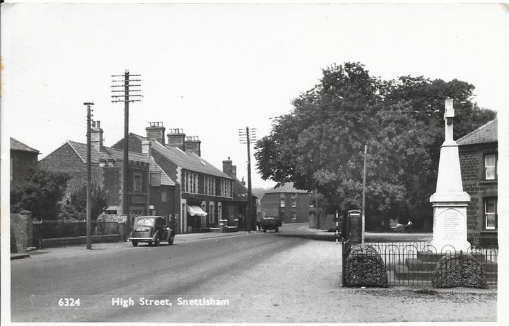 SNETTISHAM, Norfolk - High Street | eBay