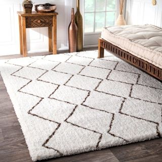 Shop for nuLOOM Handmade Moroccan Trellis Shag Rug (8'x10'). Get free shipping at Overstock.com - Your Online Home Decor Outlet Store! Get 5% in rewards with Club O!