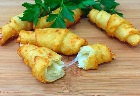 Кулинарные моменты: Картофельные рогалики с сыром
