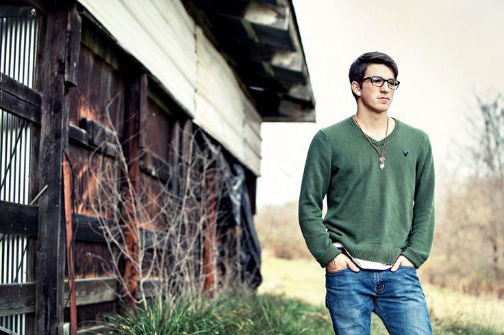 Kansas City Senior portraits  ::: threethree photography