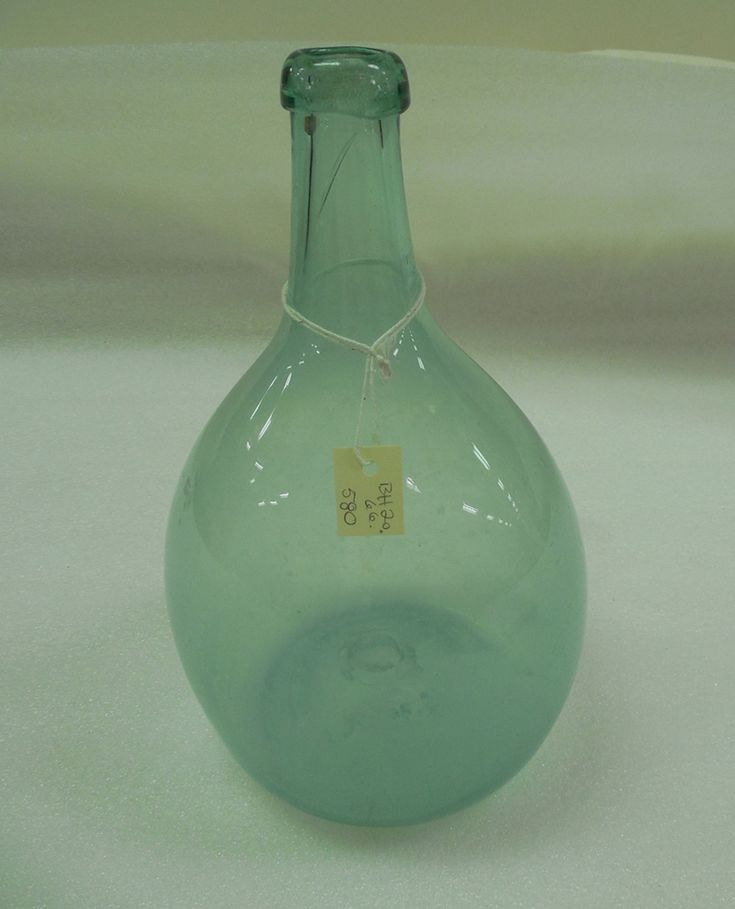 A glass decanter made by a company partially owned by Albert Gallatin