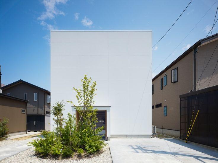 House in Hakusan / Fujiwarramuro Architects #japanese #house #japan