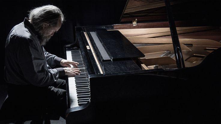 http://rapsodisanat.com/pek-bilinmeyen-unlu-piyanistler/