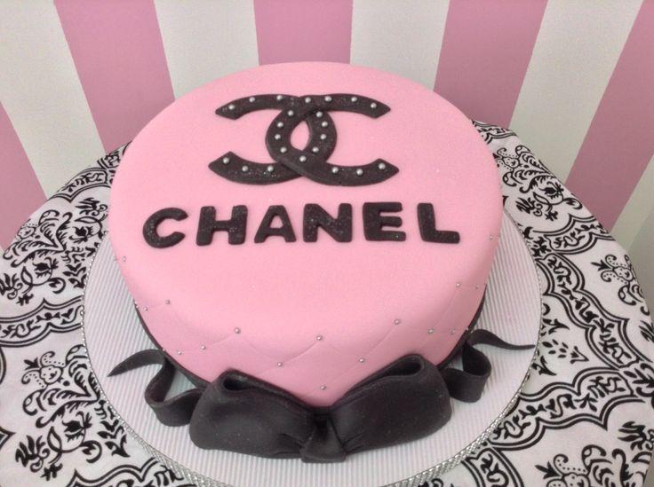 Chanel cake. Torta Chanel.