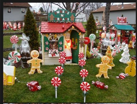 659 best blow mold images on pinterest vintage easter for Gingerbread house outdoor decorations