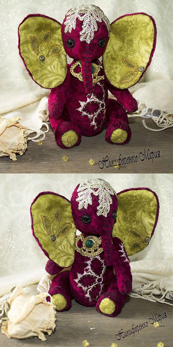 Слоняша тедди Будур. Сшита из винтажного советского плюша, расшита кружевом и золотым мулине. Рост 20 см. #слоняша_тедди #тедди #слон_тедди #слоняша #игрушка_тедди #teddy_elephant #teddy #elephant #gift_women_birthday
