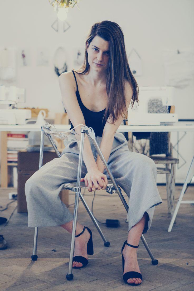 #drevenahelena #cinamarcinkova #minimal #readytowear #fashion