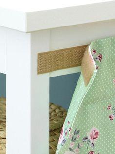 Super Idee um die Rückseite zu verschönern. Stoff einfach abziehen und waschen!