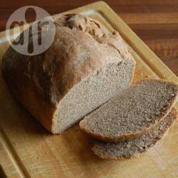 Foto recept: Bruinbrood uit de broodbakmachine