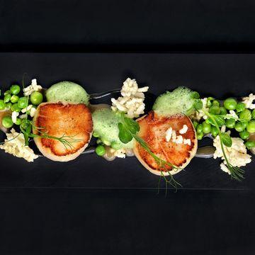 Scallop, Peas, Crispy Woba and Jolo by Chef Alvin Leung #molecular #gastronomy