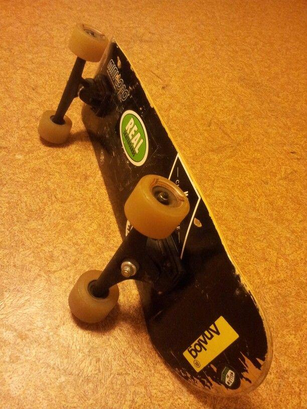 Chodeboard,  skateboard with longboard trucks and wheels.