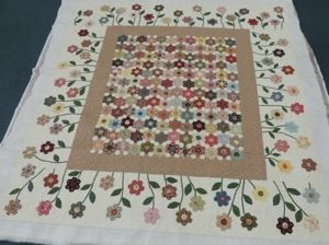 Hexagon Garden Quilt (From Pomegranate and Chintz) - Beautiful Setting