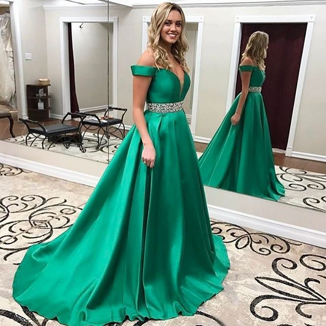 Collection: Prom, Formal, Pageant ,Homecoming Fabric: Satin Color: Green Silhouettes: A Line Neckline: Sweetheart Train: Sweep Train Trends: new arrival Embellishment: bra cups,Beading  $177