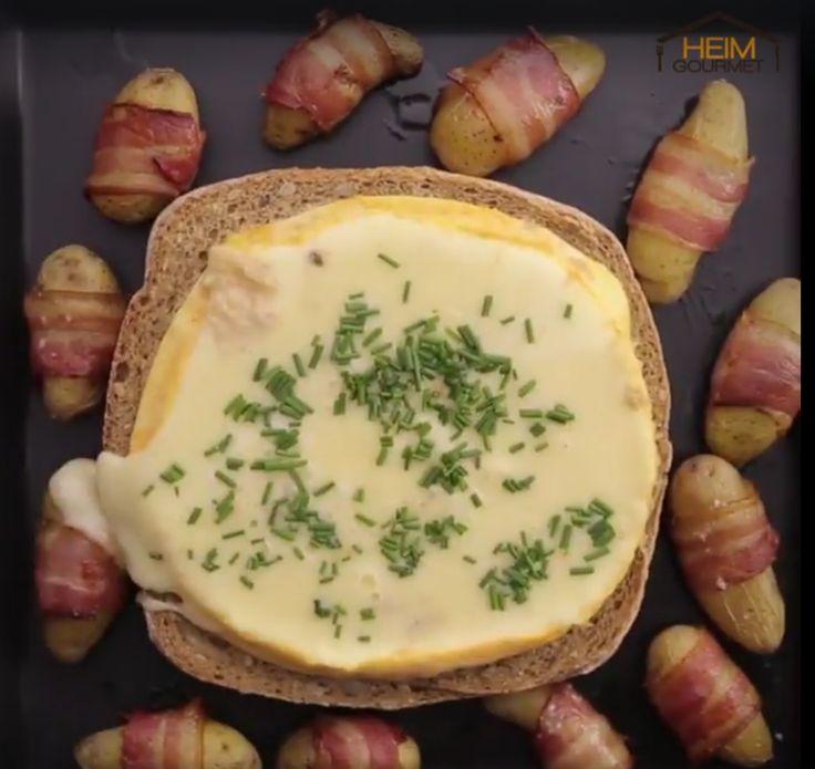 Geschmolzener Käse im Brotlaib mit Kartoffeln im Speckmantel. Ein Rezept für echte Genießer!