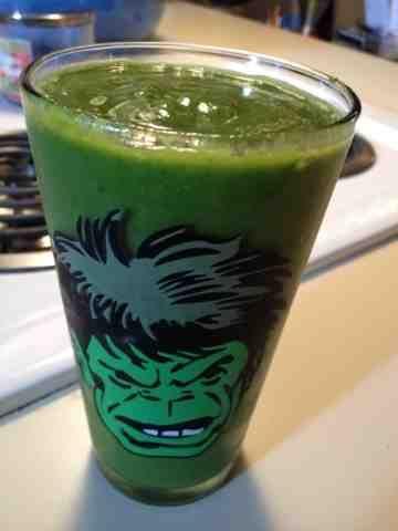 Amy's Nutritarian Kitchen: Spinach Melon Green Smoothie
