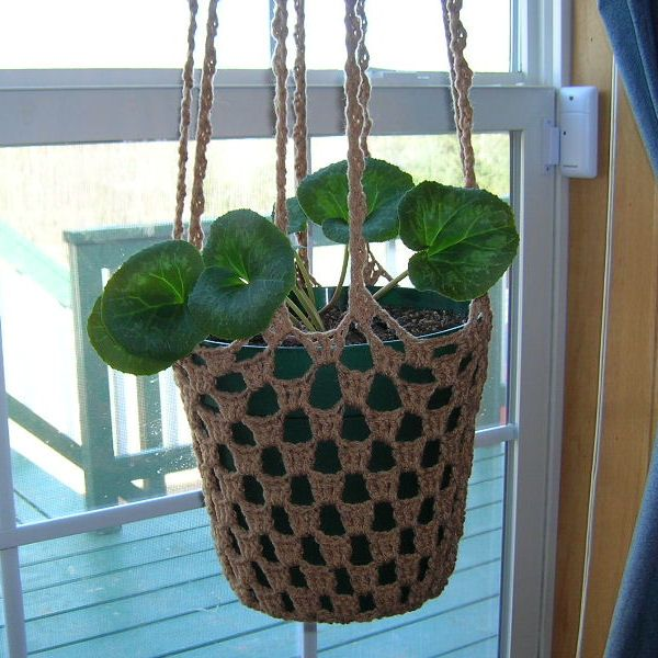 25 best ideas about crochet plant hanger on pinterest for Diy wall plant holder