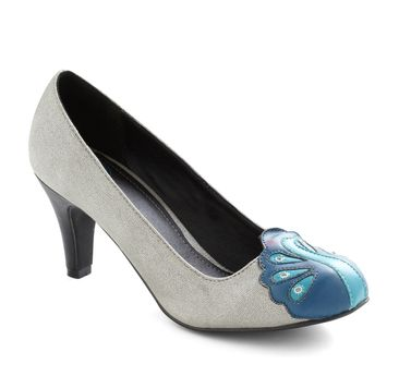 I love this shoe so hard for everything I could ever wear shoes for.  Ever.  Dazzling Display Heel