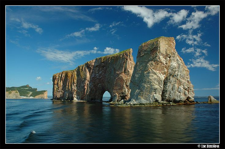 Percé Rock, Gaspé Peninsula, Saint Lawrence River, Quebec, Canada