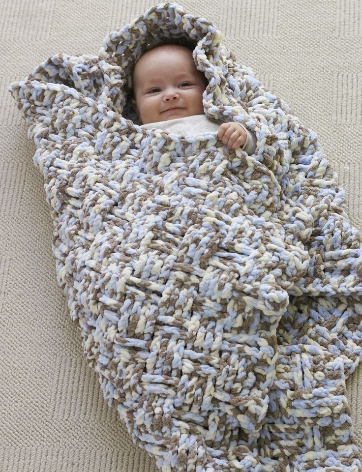 Yarnspirations.com - Bernat Dream Weaver Blanket - Free Pattern - Crochet - Easy  | Yarnspirations