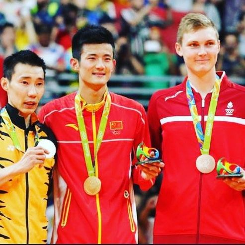 No matter whether the era of lindan or chenlong lizongwei is always the No.2 #rio #Badminton #rio2016 #usa #trackandfield #tabletennis #olympics #brazil #athletic #samba #makeithappen #countdown #roadtorio #timebrasil #brasil #football #brasilfootball #rionews #expressnews #sportsnews #instanews #instasports #tbt #like #follow #2016olympics #competition #schedule #Rumba #espanol