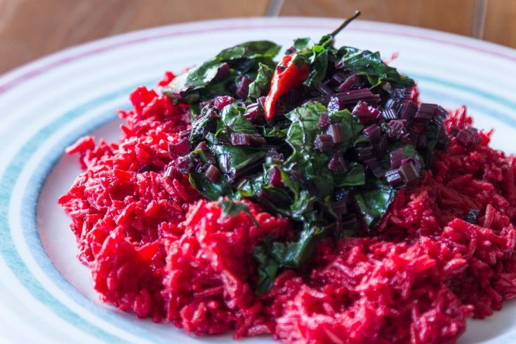 Spicy Beetroot Rice! You will absolutely love this beetroot recipe. The main ingredients you will need are rice, beetroots and some aromatics for flavor and aroma.