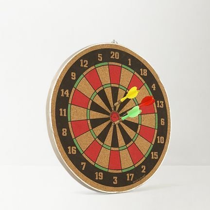 Wood O Plast Dart Board - Add oodles of style to your home with an exciting range of designer furniture, furnishings, decor items and kitchenware. We promise to deliver best quality products at best prices.