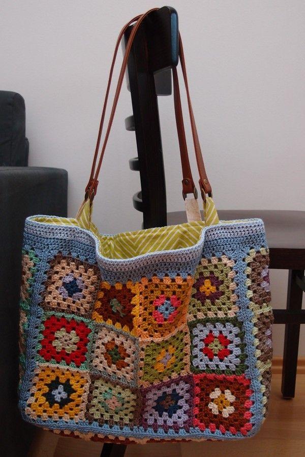 Crochet summer bag  more pics: http://vjahodovce.blogspot.cz/2014/06/leto.html