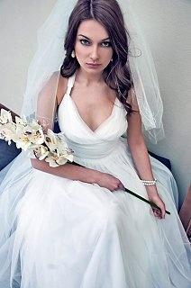 Grace long wedding dress made of white tulle au for Edric woo wedding dresses