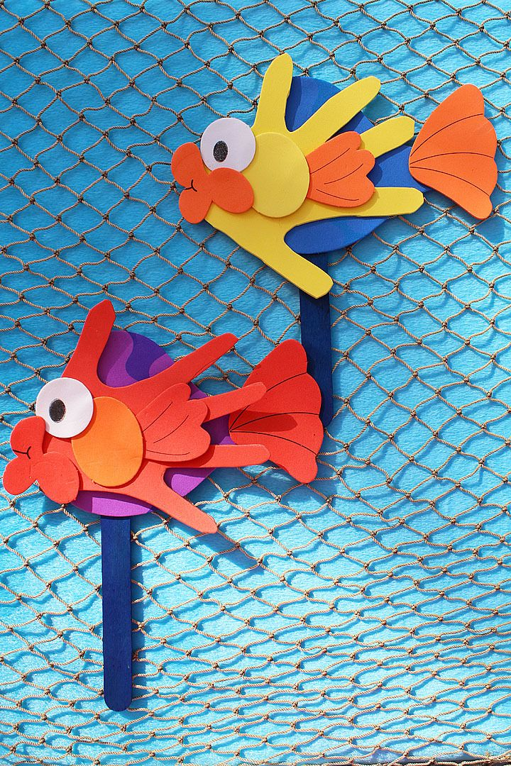 Little Fisherman Party Craft - how cute are these handprint fish puppets? So many possibilities. *ad*