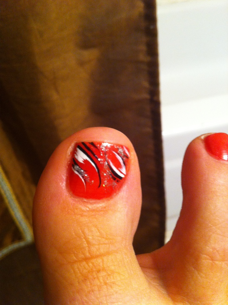 Hand Painted Toe Nail Design