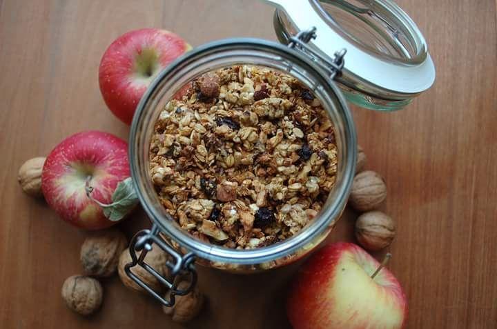 Domácí müsli slazené jablíčky
