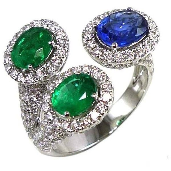 Preowned Blue Sapphire Emerald Diamond Ring (€3.560) ❤ liked on Polyvore featuring jewelry, rings, fashion rings, green, green ring, triple ring, emerald ring, blue sapphire diamond ring and trio rings