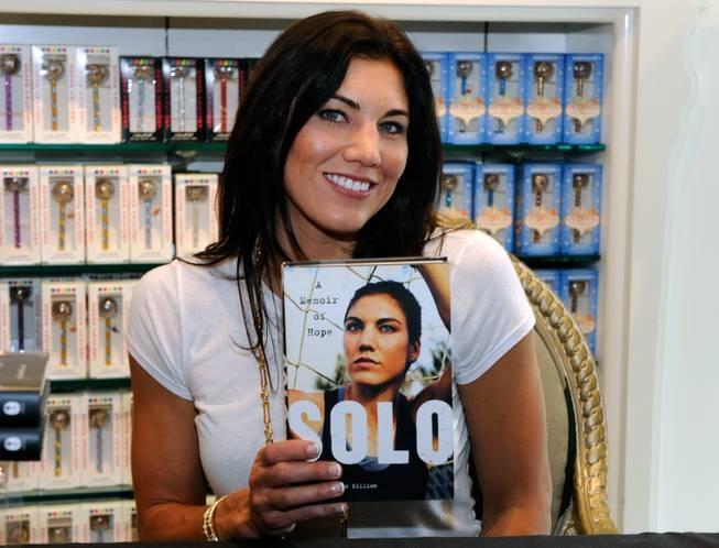 Hope Solo, book signing, Las Vegas. (David Becker/WireImage)