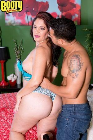 Eva Booty Licious Mag Latina 61