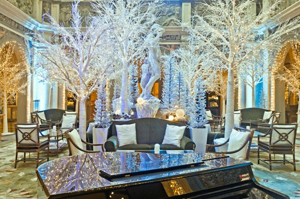 You May Be Wandering: Blue and White for the Holidays at The Four Seasons, Florence