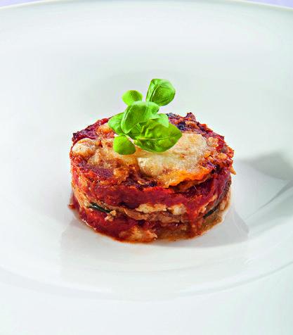 Parmigiana di melanzane dello chef Antonino Canavacciuolo -in cucina comando io
