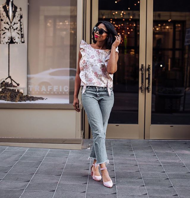 Saw this top at Nordstrom and instantly thought of SPRING ... So of course I had to have it. It was gorgeous the other day here in Dallas so I took her out for a spin  http://liketk.it/2uo3t @liketoknow.it #liketkit #LTKshoecrush Download the LIKEtoKNOW.it app to shop this pic via screenshot  #LTKunder50 . . . . . #inspiredbyinstyle #ootdblackgirls #dallasblogger #nordstrom #theygotitright #blogginggals