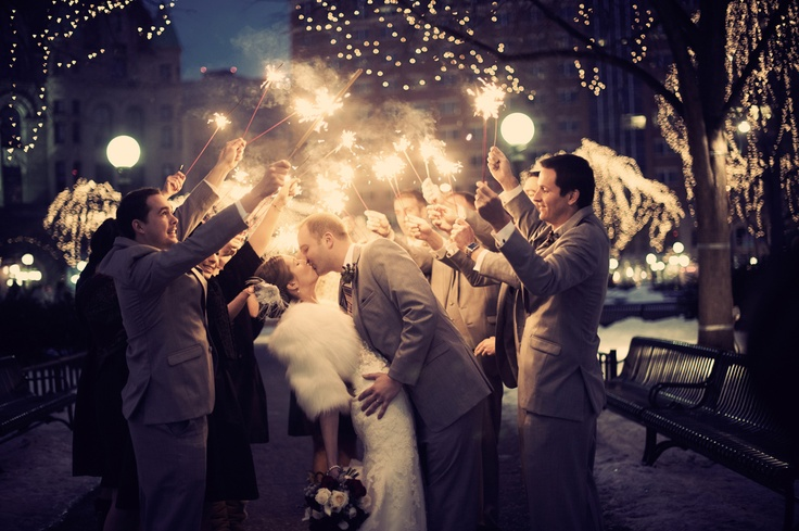 Such a neat idea for a night time shot! Photo by Troy. #MinnesotaWeddingPhotographer #WeddingParty
