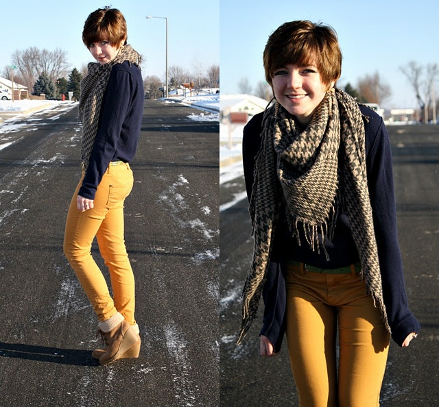 .: Navy Cardigan, Scarfs Outfits, Yellow Jeans, Clothing, Outfits Ideas, Mustard Skinny, Mustard Yellow, Navy Tops, Mustard Jeans