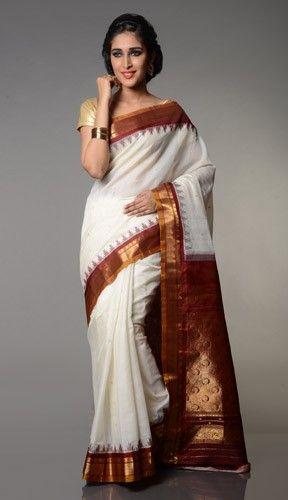 Simple gadwal sico sari in white maroon