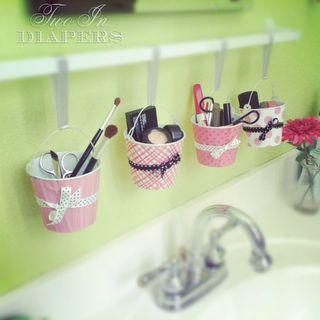 Top 58 Most Creative Home-Organizing Ideas and DIY Projects cute makeup storage