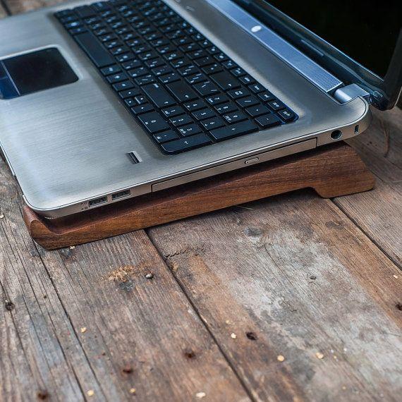 Las 25 mejores ideas sobre mesa de ordenador port til en for Garaje portatil
