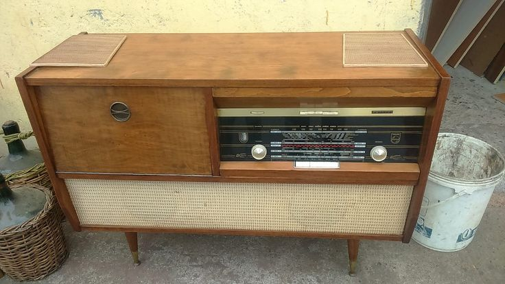 radio tocadisco antiguo phillips,funcionando