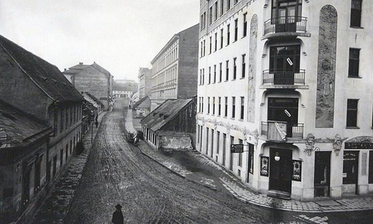 Stará - pohled z Bratislavské ulice (Brno). AMB foto, XIb 21.
