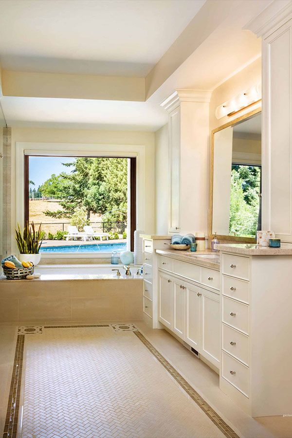 تصاميم حمامات بسيطة حمامات عصرية تصاميم حمامات مودرن حمامات صغيرة حمامات داخل غرف النوم ديكورات أ Luxury Master Bathrooms Bathroom Design Modern Bathroom Decor