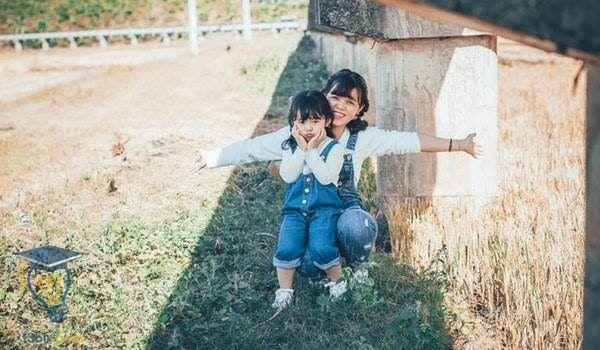 موضوع تعبير عن الام وفضلها وواجبنا نحوها بالعناصر 4 Free Stock Photos Stock Photos Asian Kids