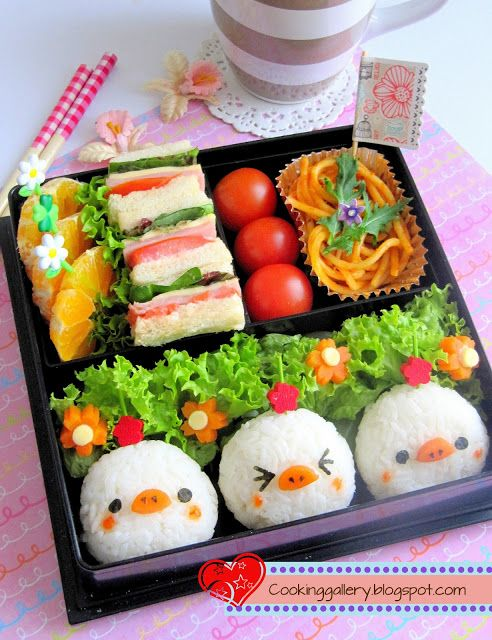 Cooking Gallery: Three Pale Chicks Bento