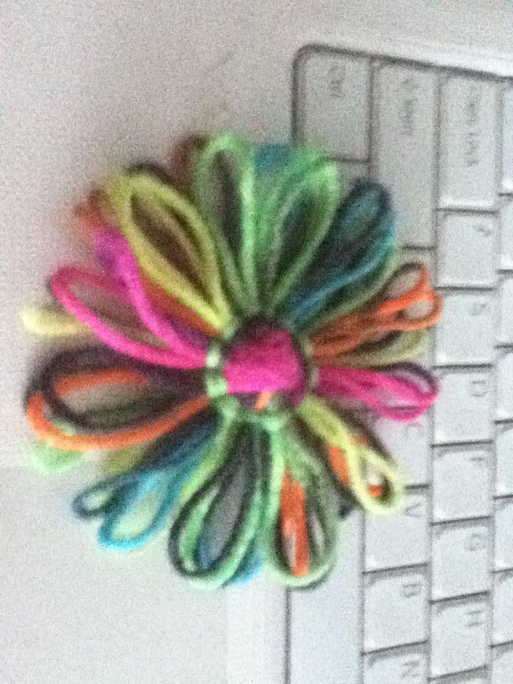 flower on bloom loom