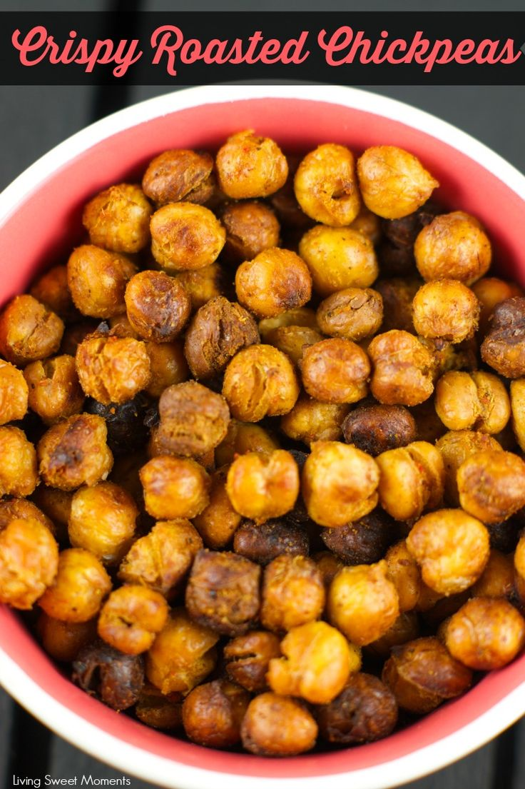 Roasted Crispy Chickpeas Recipe: this healthy snack is crunchy and delicious. You'll think you're eating chips! Tossed in spice for amazing taste and texture. The perfect vegan snack to help maintain our New Year's Resolutions. Yum! More on livingsweetmoments.com