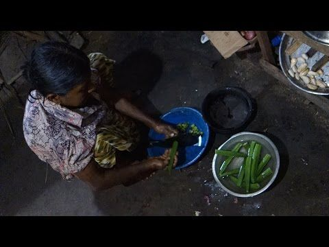 Bandakka curry - Ladies fingers curry - authentic Sri Lankan video recipe filmed in Sri Lankan village (source: my personnal food and travel blog / vlog with recipes, authentic video recipes, street food, food and travel documentary, travel info and more. Welcome! :) )